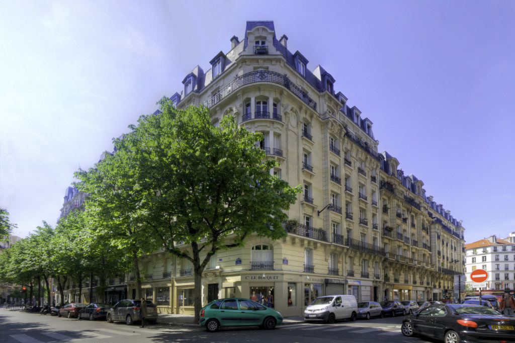 5 BIS PRAGUE (RUE DE) 75012 PARIS - RAVAL