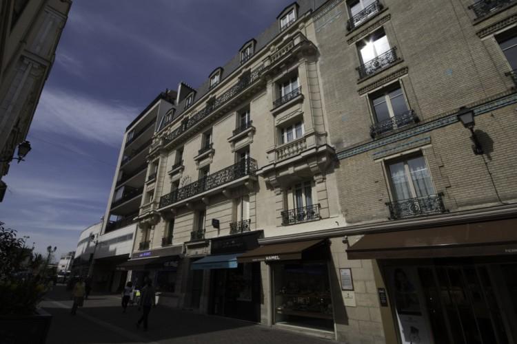 6 RENE ROECKEL (RUE) 92340 BOURG LA REINE - RAVAL