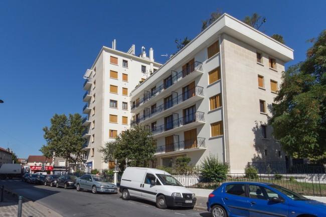 90 DIVISION LECLERC (AV DE LA) 93350 LE BOURGET - RAVAL